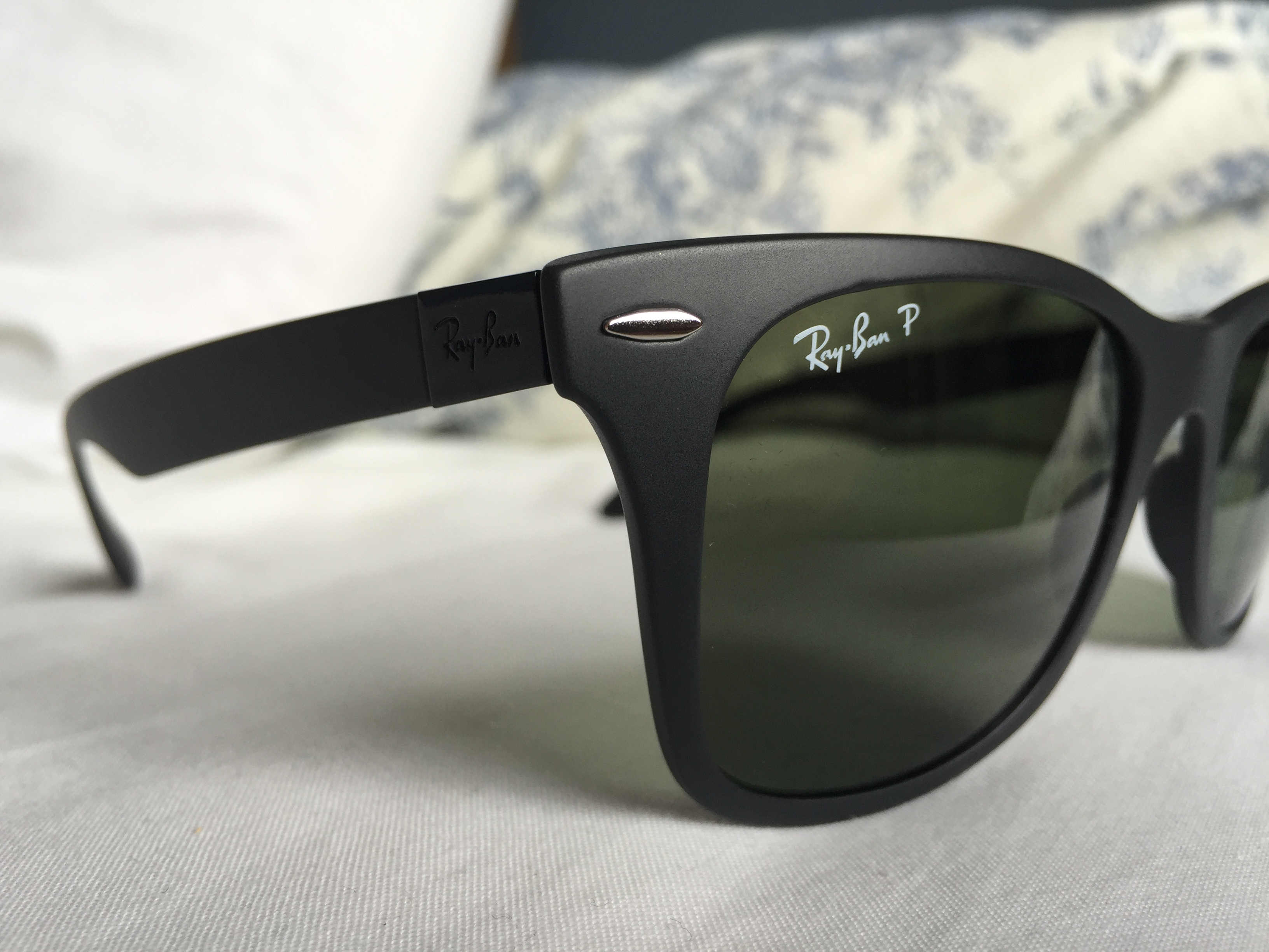277716fffdc ray ban wayfarer liteforce review