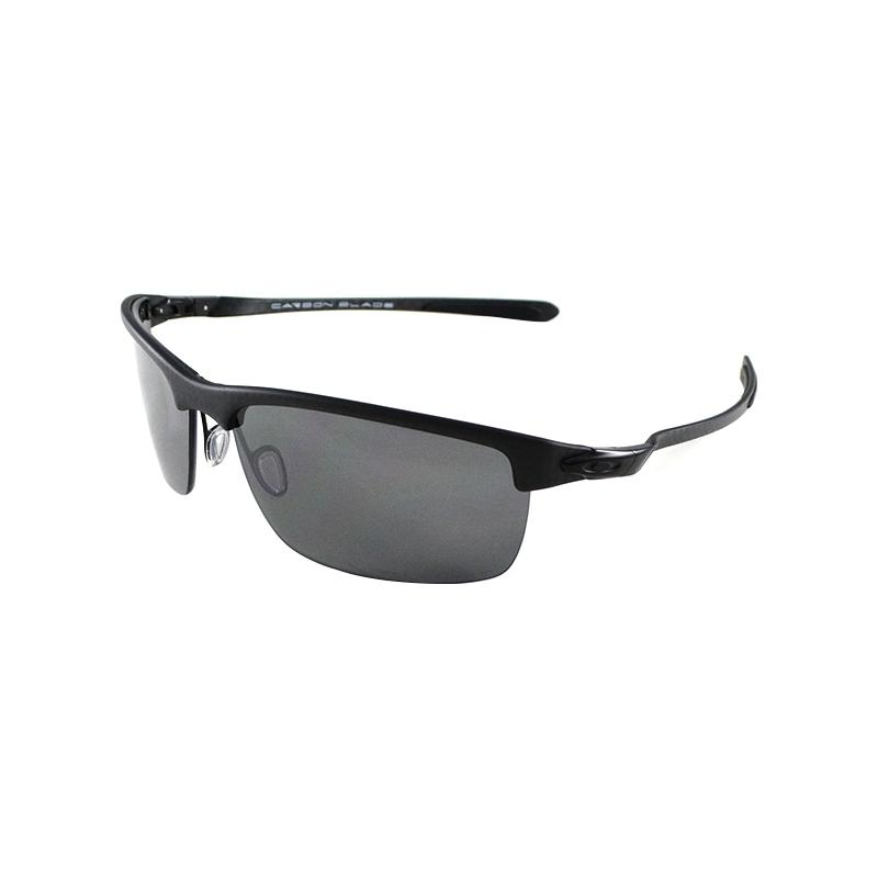 de65880b19 Oakley OO9174-03 Carbon Blade Matte Carbon - Black Iridium Polarized  Sunglasses